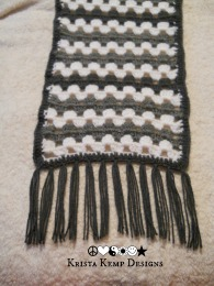 Stay warm this winter with this extra long/extra wide scarf
